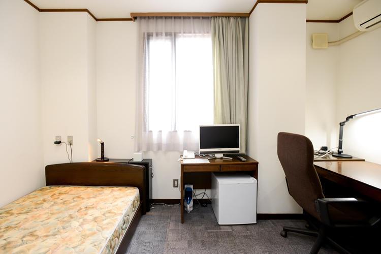 Single-room-photo